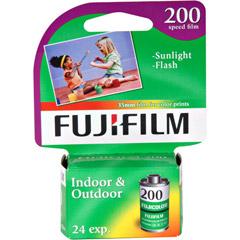 Fujifilm FUJIFILM CA135-24 - FujiFilm ISO 200 35mm Color Print Film - 24 Exposures